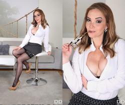 Paola Guerra - Hardcore Lust Representative