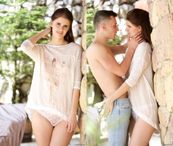 Lexy Gold - On Her Day-Off - 21Naturals
