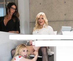 Kenzie Reeves, Dava Foxx, Serene Siren - My Mom And Her Boss