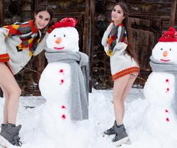 Snowman - Leona Mia - Watch4Beauty