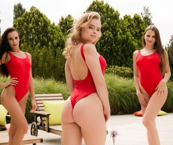 Stella Flex, Alexa Flexy, Cayenne Hot - Red Hot Summer Love