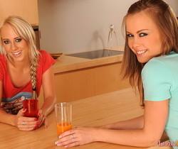 Carla Cox & Mia Maria Playing Lesbians - Lezbo Honeys