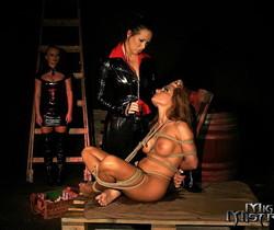 Dora Venter, Mandy & Bonny Bon Lesbian Slave