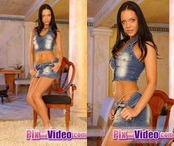Cindy Lords Toying - Pix and Video