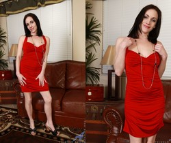 Thimble Tukk - Lady In Red