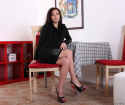 Tyna Black - Ready And Waiting