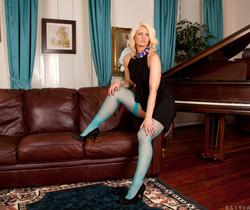 Olivia Jayne - Busty Blonde