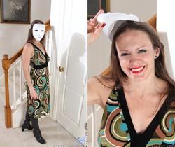 Sydney Johnson - Horny And Ready