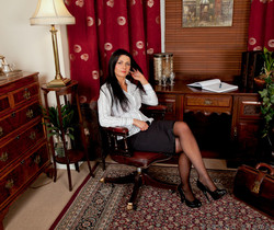 Sienna Richardson - Office Spread