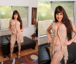 Alexandra Silk - Pantyhose Housewife