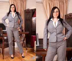 Michelle Bond - Office - Anilos