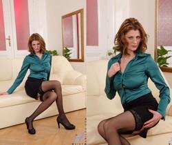 Maiky - Business Woman - Anilos