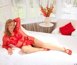 Camilla - Bedroom Temptress