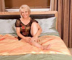 Dana - Bedroom - Anilos