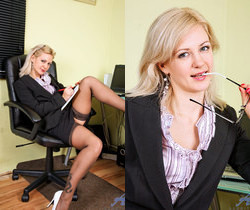 Laurita - Sexy Executive - Anilos