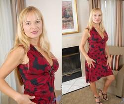 Viktoria - Blonde Anilos