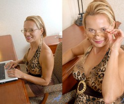 Viktoria - Office Nudity - Anilos