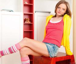 Nicolety - Nubiles - Teen Solo