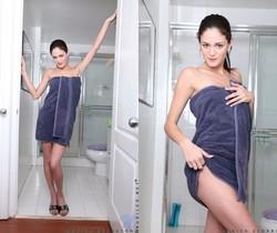 Monica Sexxxton - Nubiles