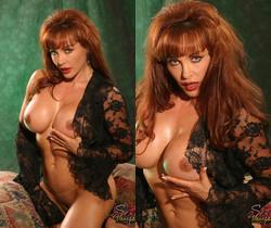 Sexy Vanessa in Black Lace Solo