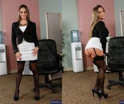 Rachel Roxxx - Naughty Office