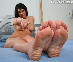 Kitty Bella Nice Thick Toes