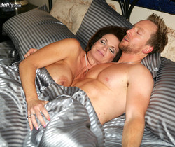 Milf Money - Deauxma