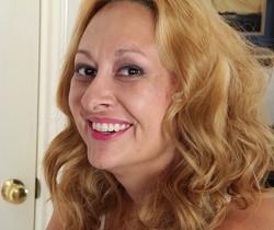 Roxy Jennings - Karup's Older Women