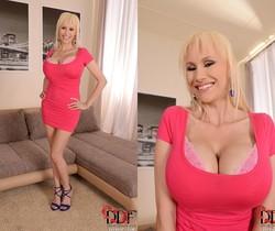 Sandra Star - DDF Busty