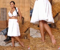 Jasmine Black - Hot Legs and Feet