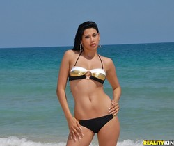 Alissia - Banging Beach Body - 8th Street Latinas
