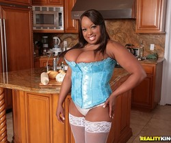 Symone - I Knead You - Big Naturals