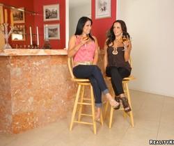 Sophia Lomeli & Francesca Le - Rod For Two - CFNM Secret