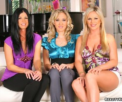 Ahryan Astyn, Alana Evans, India Summer - CFNM Secret