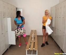 Mia Manarote & Victoria Puppy - The Best Workout