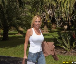 Toni - Fisherman's Grub - MILF Hunter