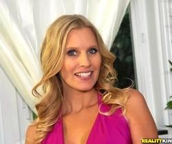 Brianna Ray, Devon - Sweet Cream - MILF Next Door