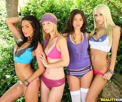 Hayden Winters, Kirsten Price, Sammie Rhodes, Shyla Jennings