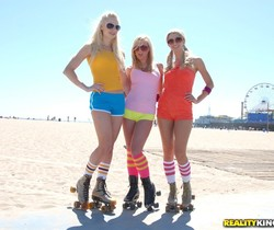 Dylan Riley, Lux Kassidy, Sammie Rhodes - Roller Babes