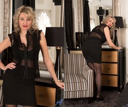 Roxy Jay - Naughty Lady - Anilos