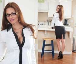 Mindi Mink - Karup's Older Women