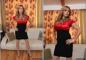 Amber Lynn Bach - Seduced By A Cougar