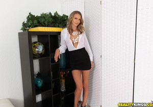 Alina Long - Fancy This - MILF Hunter
