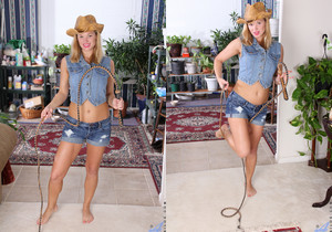 Randy Ray - Playful Milf - Anilos