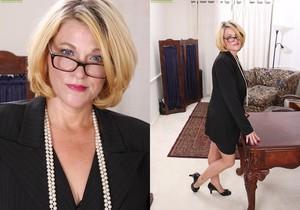 Kelsey Johnson - Karup's Older Women
