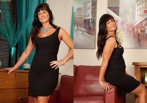 Lelani Tizzie - Karup's Older Women