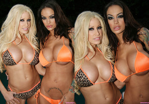 Angelina Valentine and Gina Lynn In Public!  Uh Oh