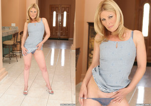 Isadora Makes Him Want to Cum and Get It