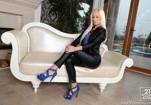 Jessie Volt - The Boss Lady - DPFanatics