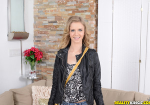 Rachel James - Panty Dropper - First Time Auditions